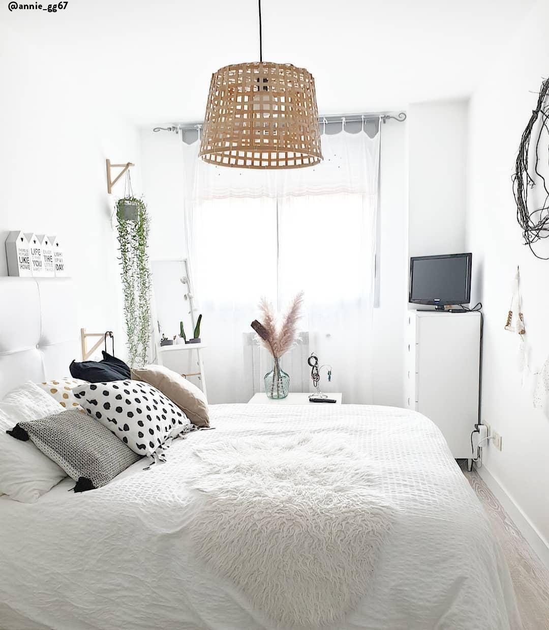 Scandi Meets Boho Stilmix Auf Skandinavisch Wenn Zwei Angesagte Stil Richtungen Aufeinandertreffen I Deckenleuchte Schlafzimmer Wg Zimmer Schlafzimmer Weiß
