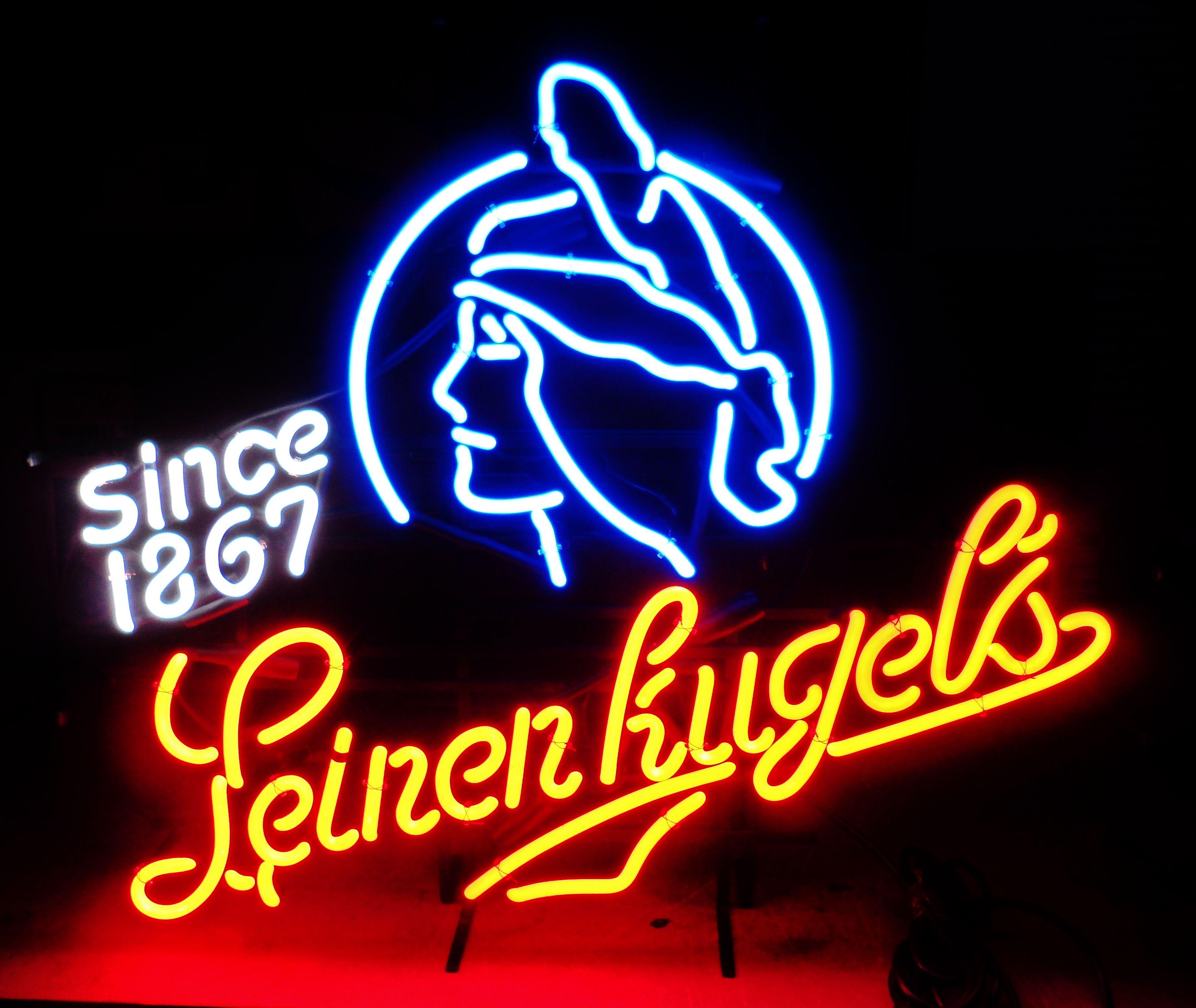 Vintage Stadium Lights: Rare Vintage Leinenkugel's Neon Bar Sign, Circa 1991