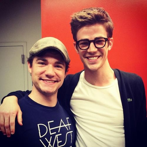 Daniel n durant great to meet grant gustin from flash and arrow tv daniel n durant great to meet grant gustin from flash and arrow tv shows m4hsunfo Image collections
