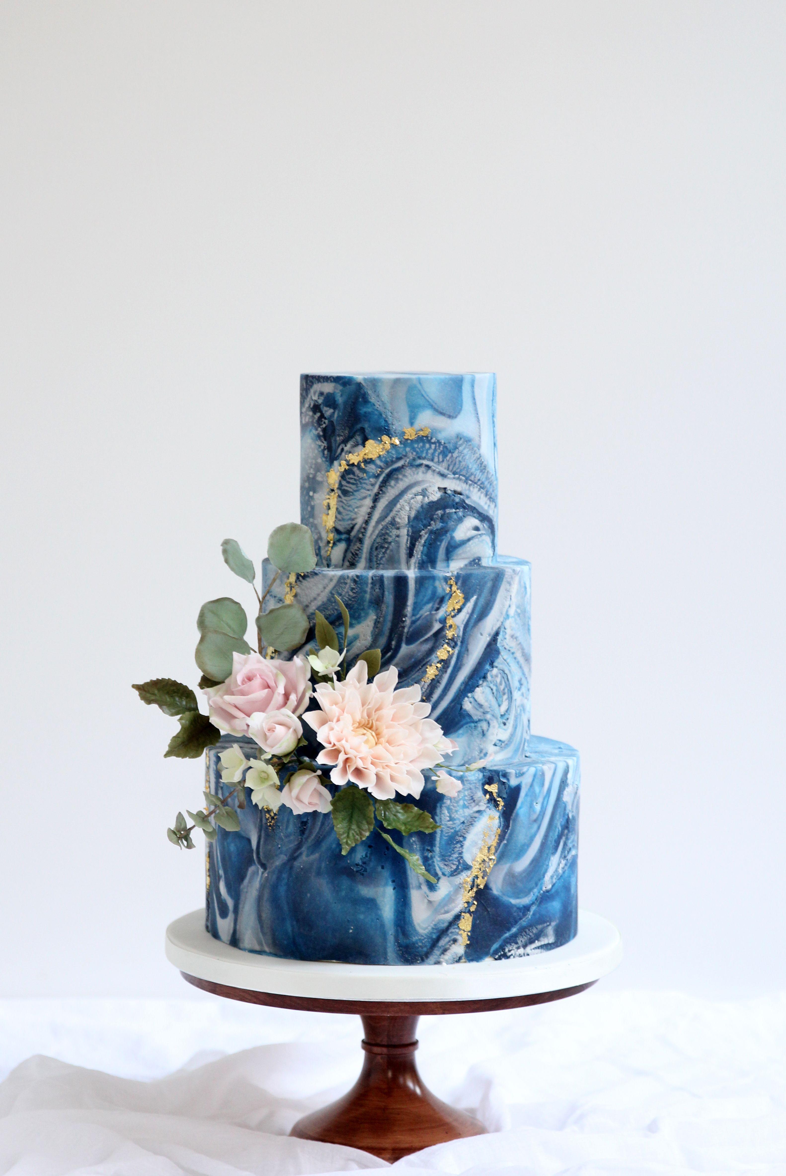 Cove Cake Design // bespoke Wedding Cakes // Dublin