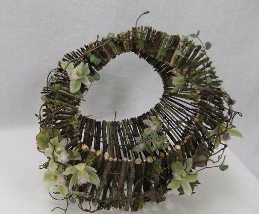 Twig Basket. Great little project from our friend Christine de Beer's