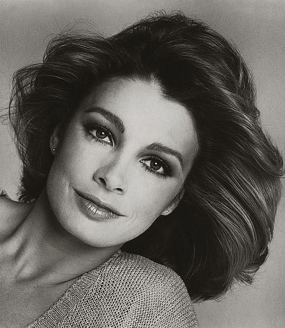 Nyy'zai Anne Archer Actress, Fatal Attraction, Patriot Games