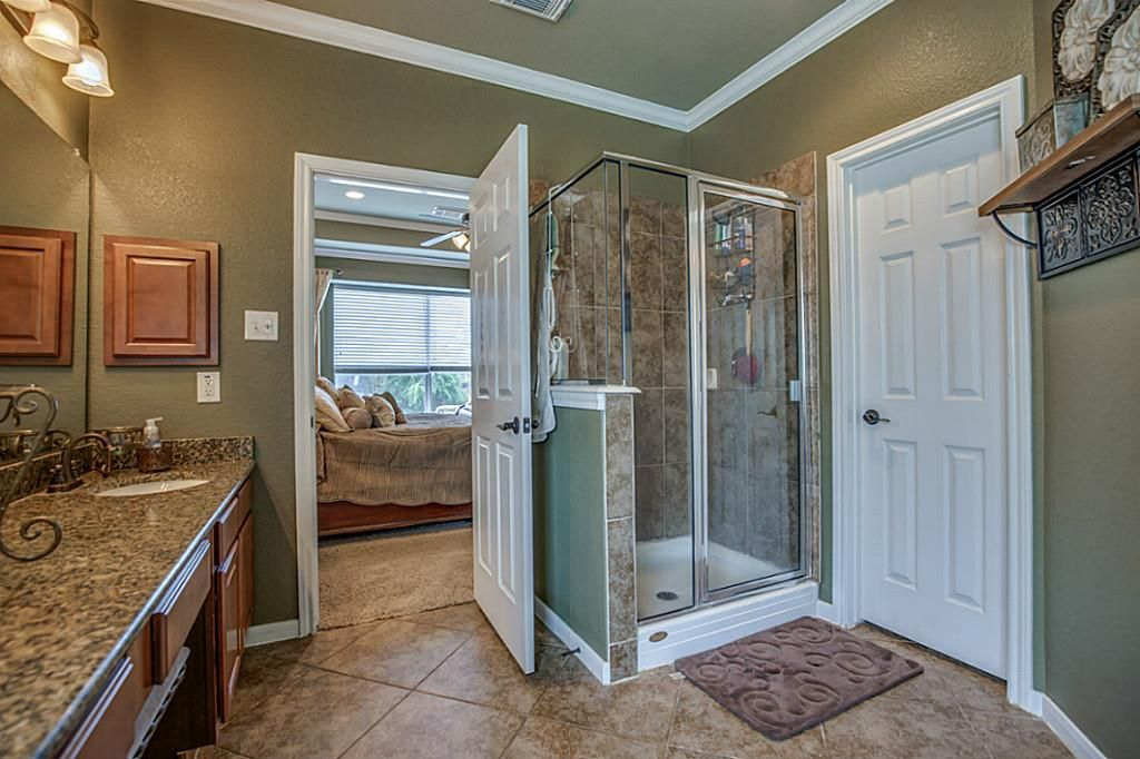 Bathroom / Rustic