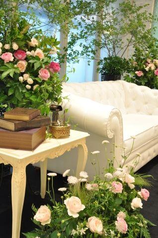 7月のブライダルフェア プリンセスの森 ブライダルアルバム 結婚式 テーブル ウェディング 装花 結婚式 テーブル 装花