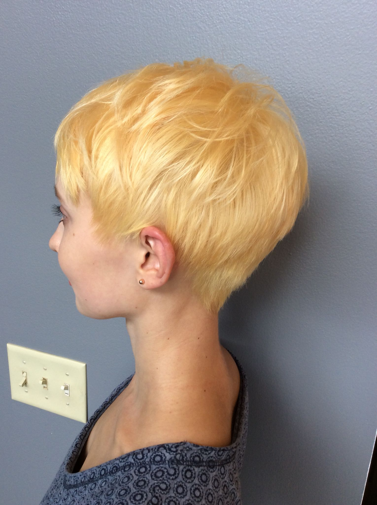 warm light honey blonde short pixie hair | blondes | pinterest