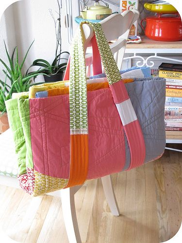 How adorable..picnic quilt that folds up like a tote