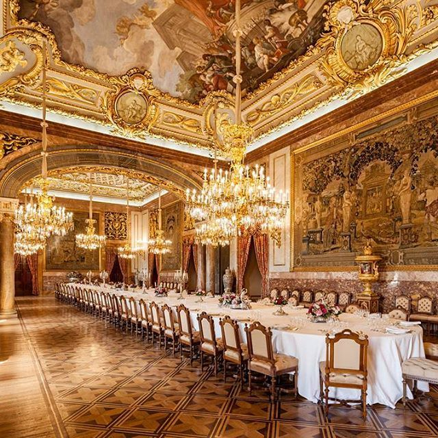 State Dining Room In The Royal Palace Of Madrid 🏛👑 . . #spain #madrid  #art #architecture #archilovers #versaillesadness #interior #design #palace  #palacio ...