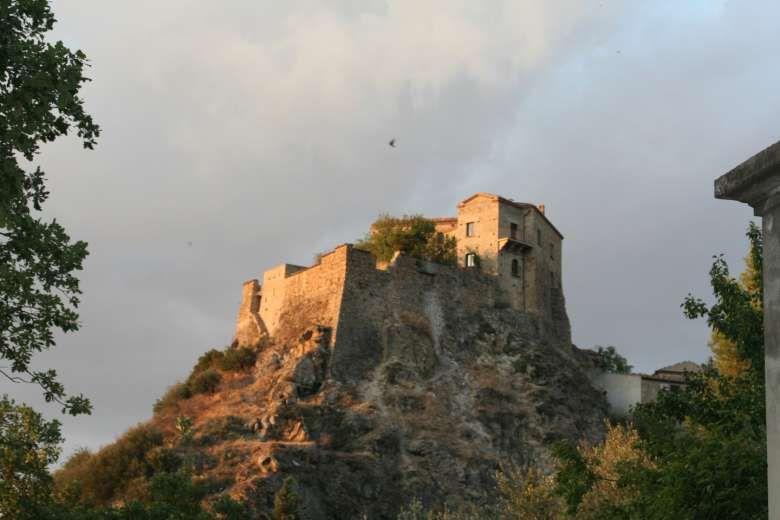 Castello di Valsinni   Castelli infestati, Città, Castelli