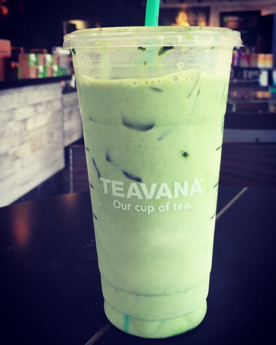 My Favorite Starbucks Drink 😋 Iced Green Tea Latte With