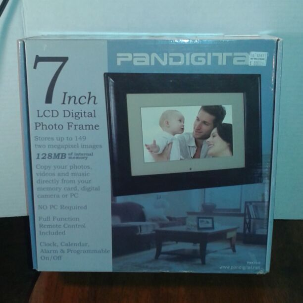 This Is A New Unused Pandigital 7 Inch Screen Digital Photo Frame