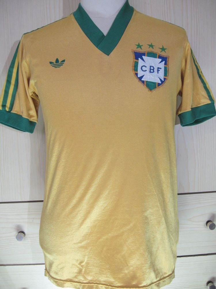 BRAZIL ADIDAS 1979 1978 WORLD CUP HOME FOOTBALL SHIRT VINTAGE SOCCER JERSEY  M 12  3122b703c4e70