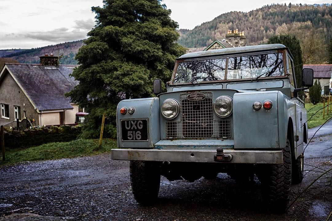 @landrover still going strong! #landrover #landroverdefender #betwsycoed by jimmyfritzsche @landrover still going strong! #landrover #landroverdefender #betwsycoed