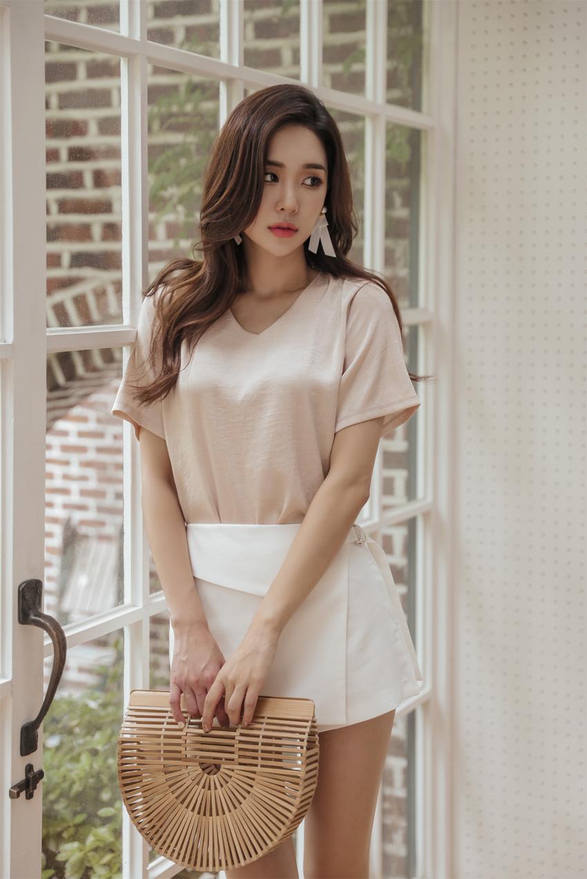 Asian women 01 june 01