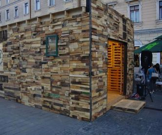 DIY Small Building Or Storage Shed Made With Old Wood Pallets Via Http://