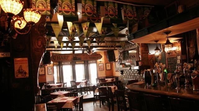 arles d 2017 bar rencontre de rencontres  Bonjour Julie,Tant que tu le Pays de la LoireSt gilles, ici pour parler.