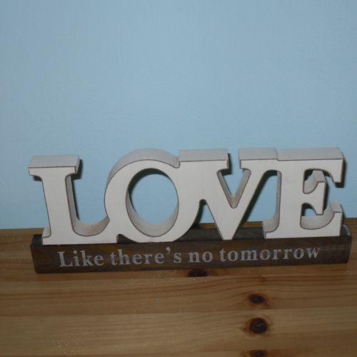 Love like there's no tomorrow....