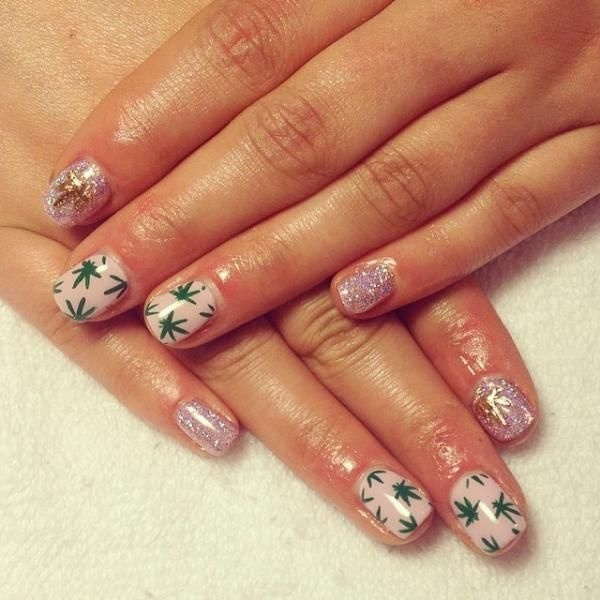 Coachella music festival nails -- complete with Hex Nail Jewelry!