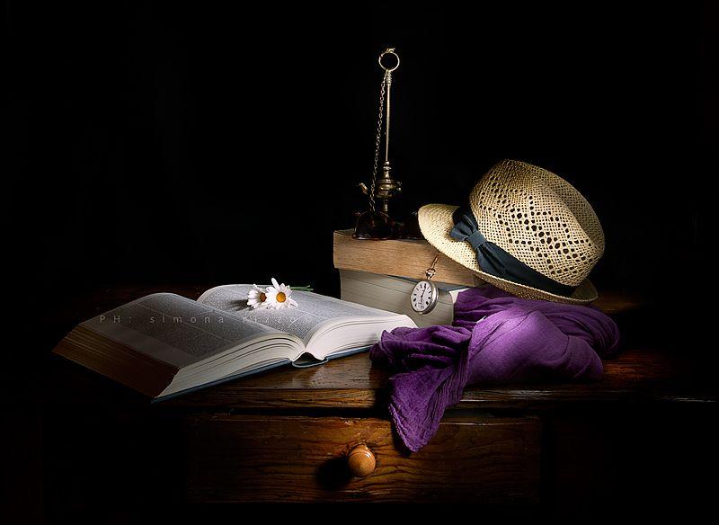 ..è una giornata senza pretese..(still life light painting)