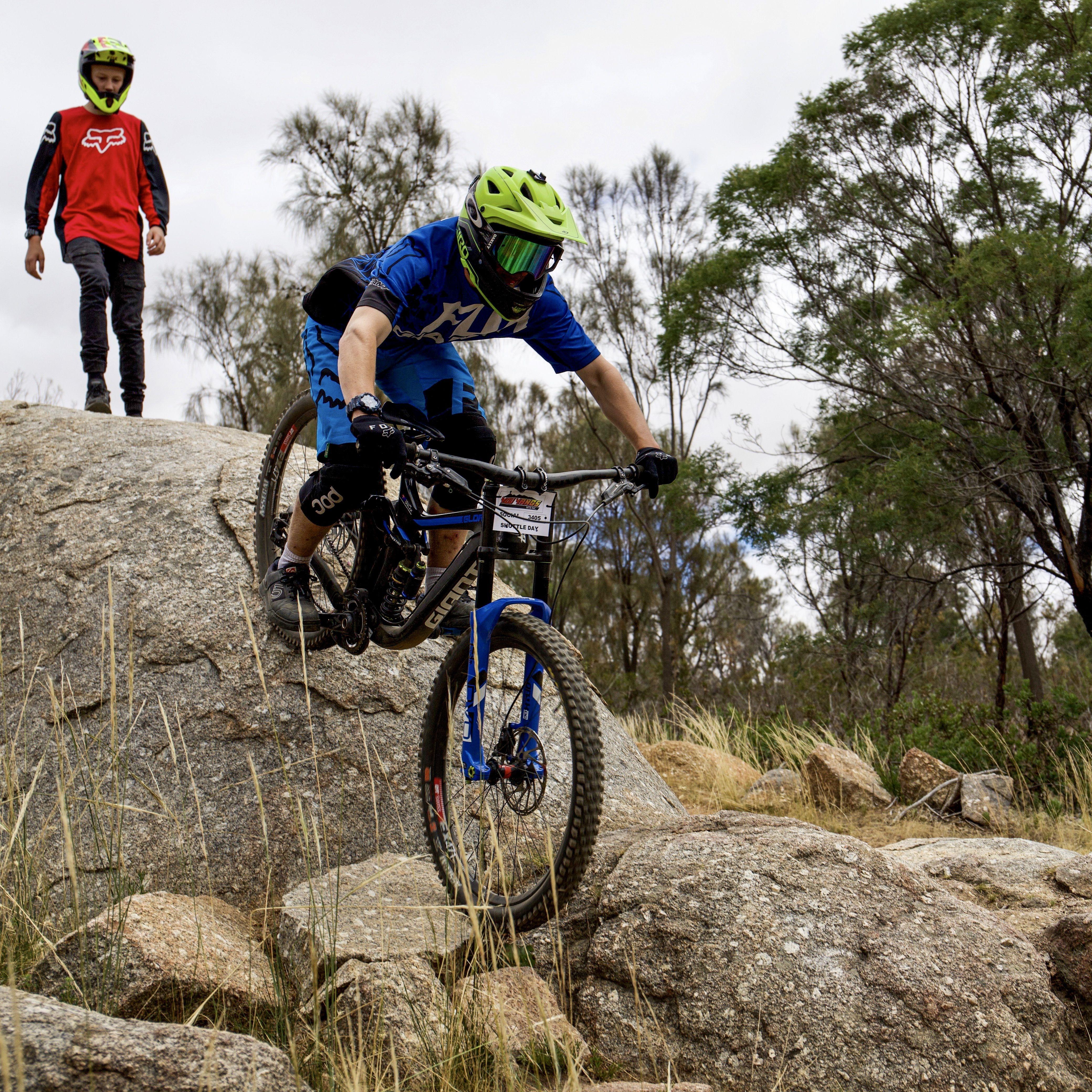 Pin By Dean Rainford On You Yangs Mtb In 2020 Bike Parking Mtb