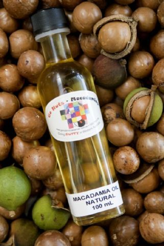 10 Macadamia Nut Oil Skin Benefits For Gorgeous Skin Beautymunsta Free Natural Beauty Hacks And More Skin Benefits Oils For Skin Macadamia