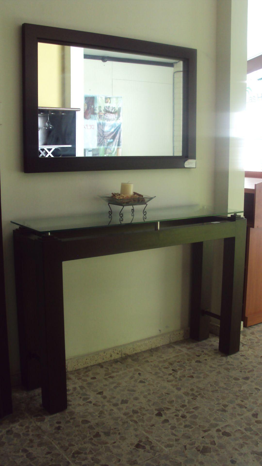 Bufetera fabricada con madera de cedro accesorios de