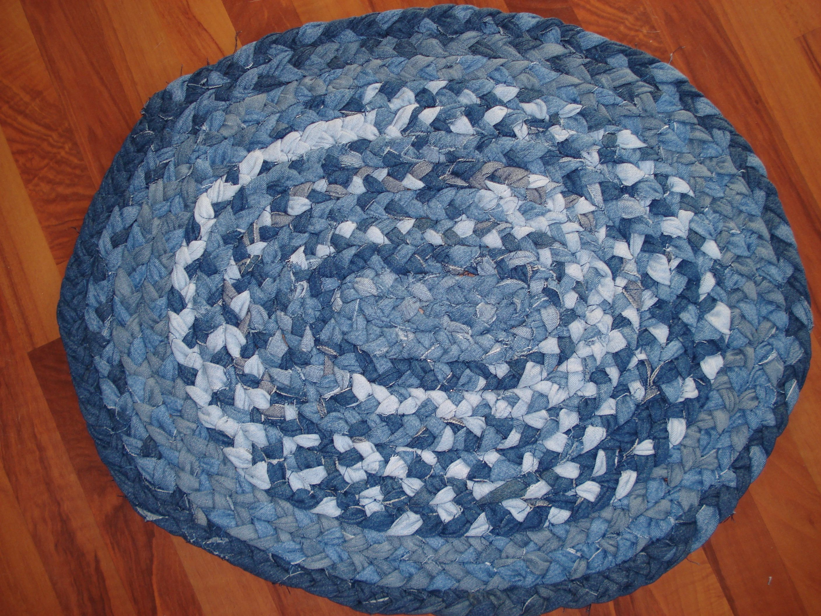 How to make a denim braided rug for yourself or to sell for Denim craft projects