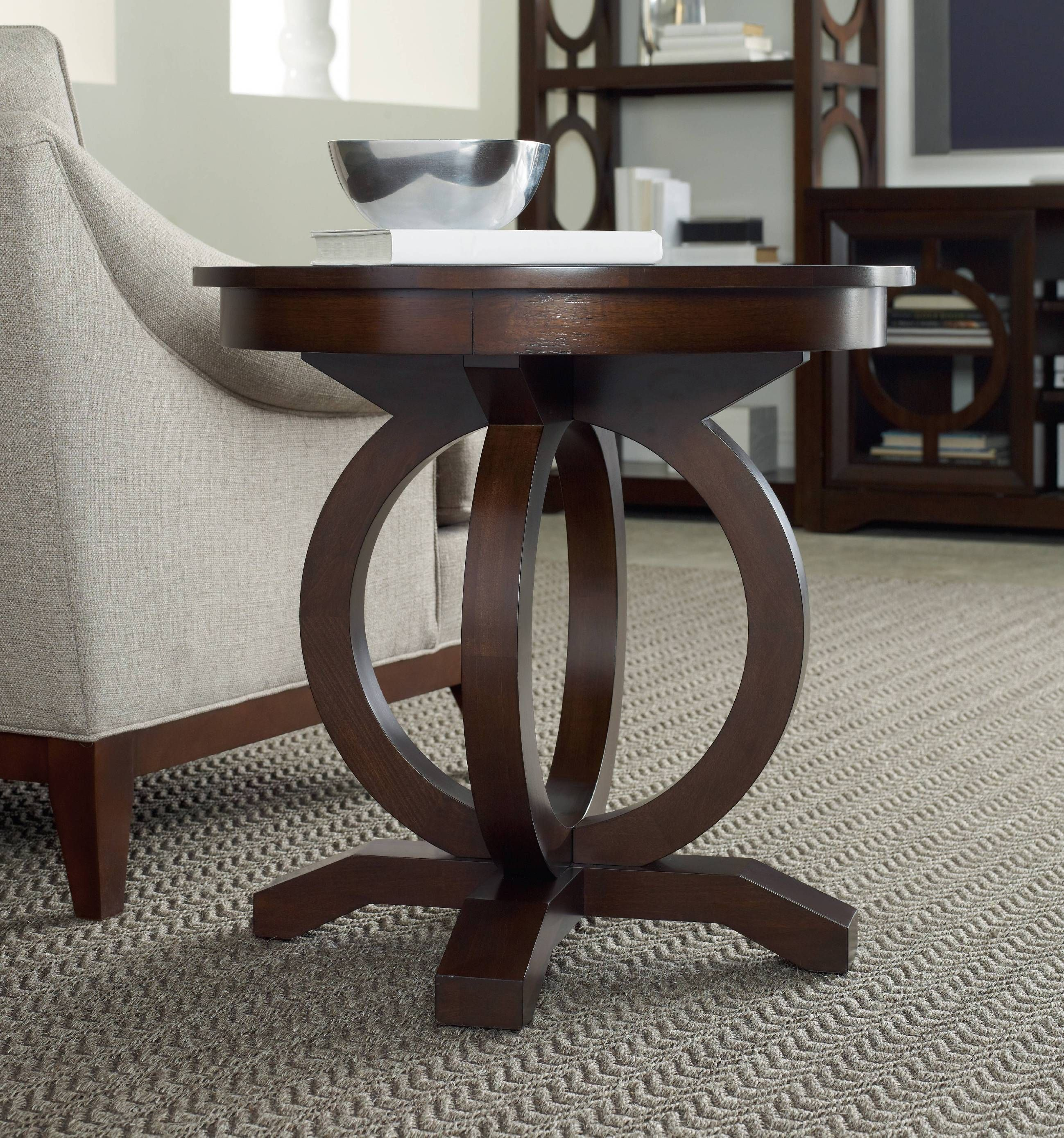 Furniture Living Room Kinsey Round End Table 5066