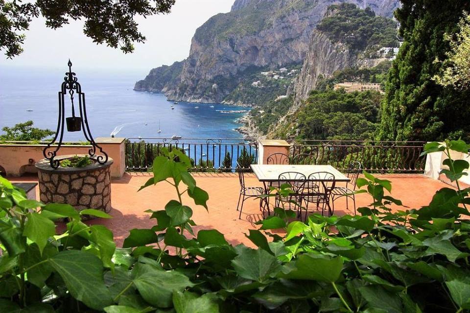 Hotel with views of Capri Campania - Italy
