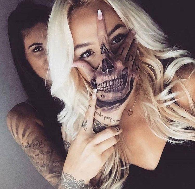 Skeleton Tattoo On Hand Skull Hand Tattoo Girl Tattoos