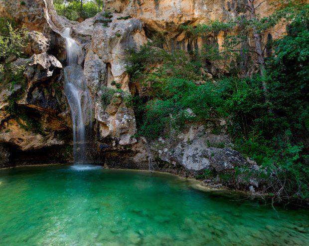Ideas Para Descubrir En Familia El Interior De Cataluña Lugares Secretos España Turismo Sitios Para Visitar
