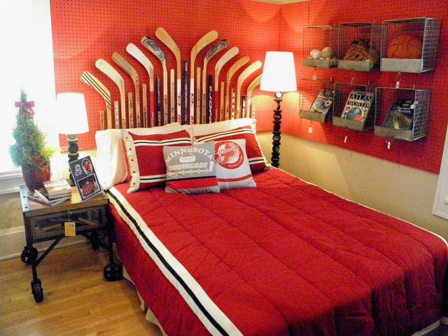 best 25 hockey theme bedrooms ideas on pinterest boys hockey bedroom hockey room and hockey