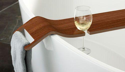 Bonne Idee Pour La Coupe De Vin Deco Baignoire Bois