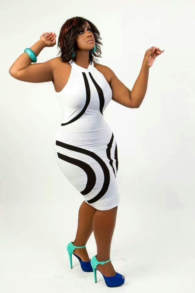 Curvaceous boutique      I need this! | plus size queen
