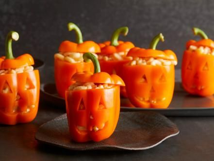 10 cute and creepy lunchbox ideas for halloween food network mac o lantern and cheese bowls forumfinder Image collections