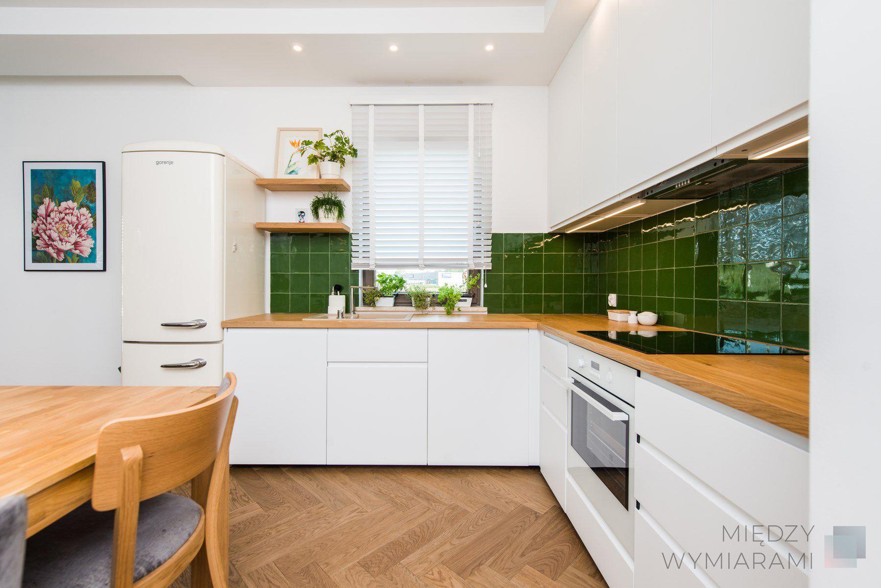 Mieszkanie W Stylu Scandi Boho Miedzy Wymiarami Kitchen Kitchen Cabinets Home Decor