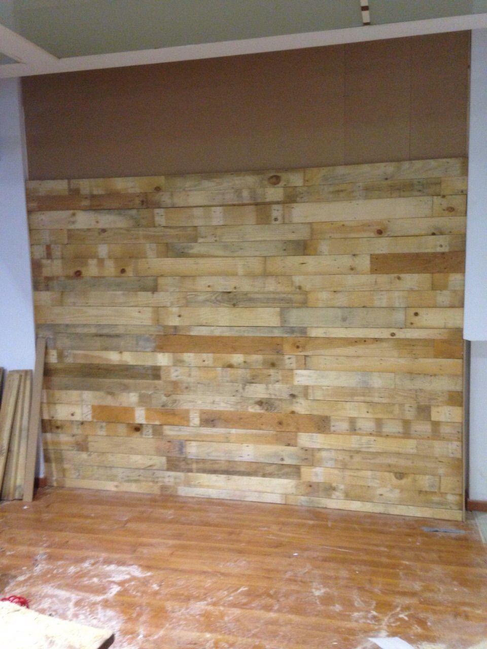 Revestimiento De Pared Con Tablas De Palet Flooring Hardwood Floors Hardwood