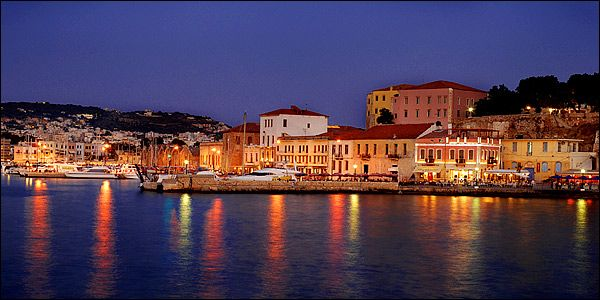 """""""Old Harbor of Chania""""..... History, Tradition, Cretan Cuisine, Cretan People, Cretan Life .... Just 7 km away from Melina's House """"Studios & Apartments"""" (15 minutes). Live it this Summer."""