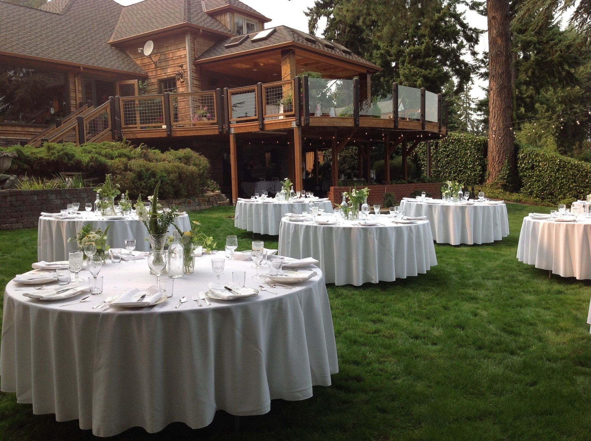 Linda Fuller Tables W House View Beautiful backdrops