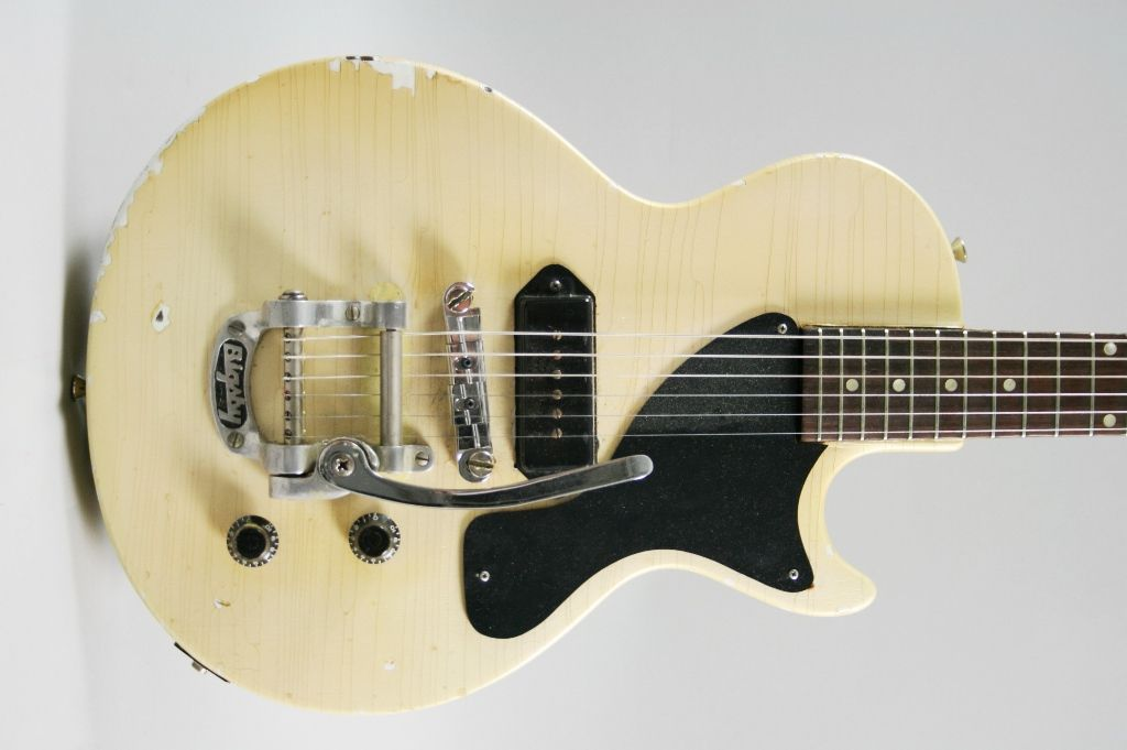 Gibson Les Paul Junior W Bigsby In Tv White 1956 Cool Guitars