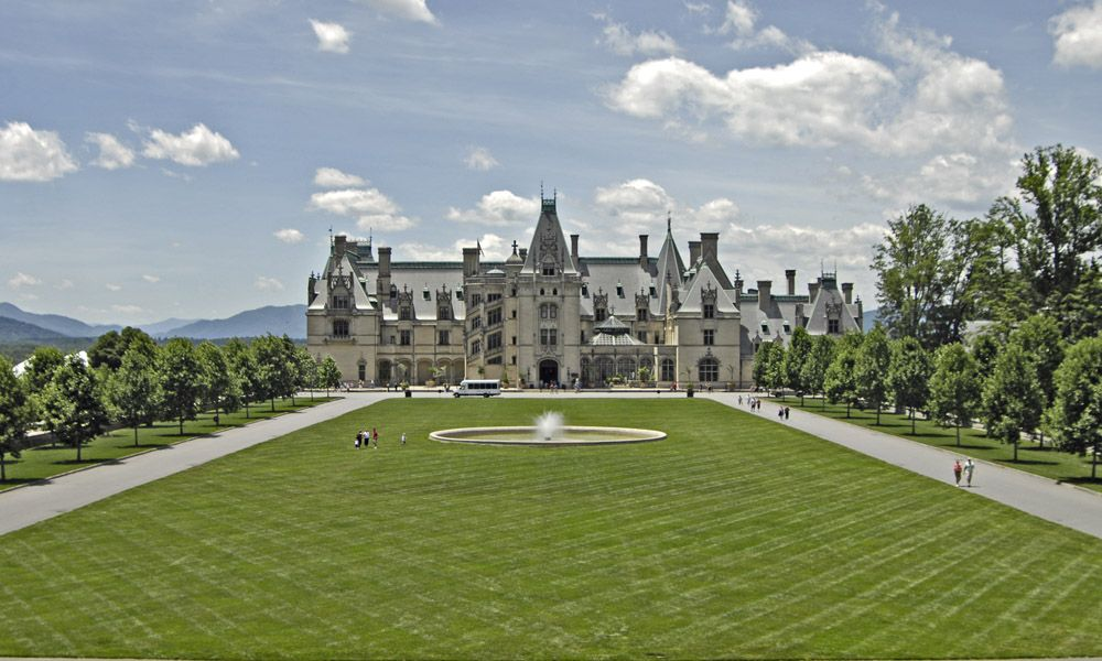 largest castle in america the beautiful biltmore house. Black Bedroom Furniture Sets. Home Design Ideas