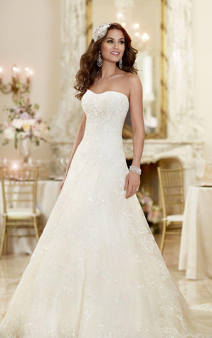 Dieses figurschmeichelnde Brautkleid in A-Linie von Stella York hat ...