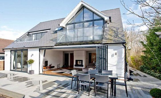 Dormer Bungalow With Loft Conversion And Balconies Bungalow Exterior Bungalow Design Bungalow Conversion