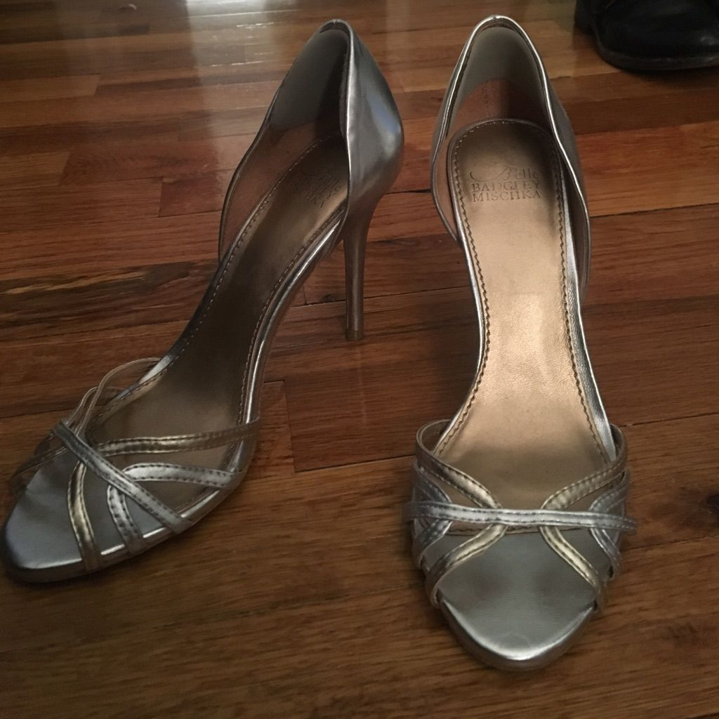 Badgley Mischka Shoes | Silver & Gold Wedding Shoes | Color: Gold/Silver | Size: 5.5