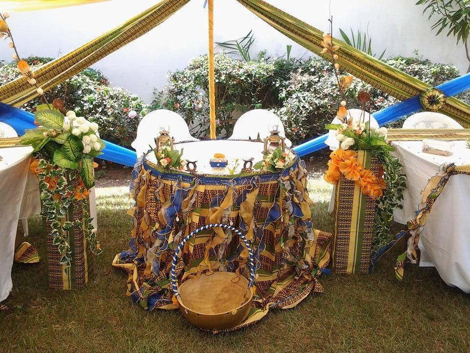 D coration table d 39 honneur mariage traditionnel en imprim for African wedding decoration theme