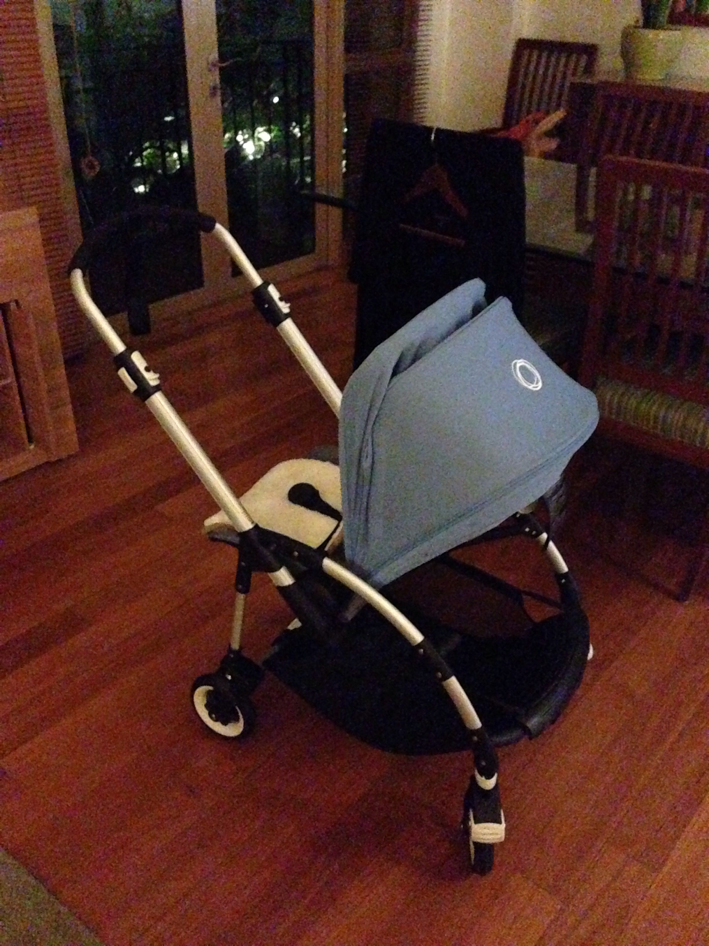 Bugaboo Bee In Grayblue Colour Combo