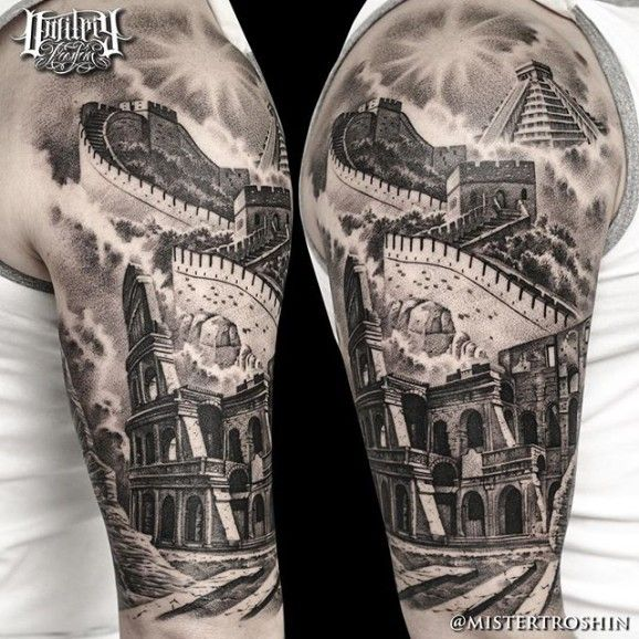 Jaw-dropping hald sleeve with famous landmarks!