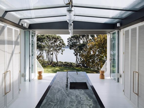 Harbour Edge House – 1910 (reworked) — Residential   Fearon Hay Architects – Auckland, New Zealand
