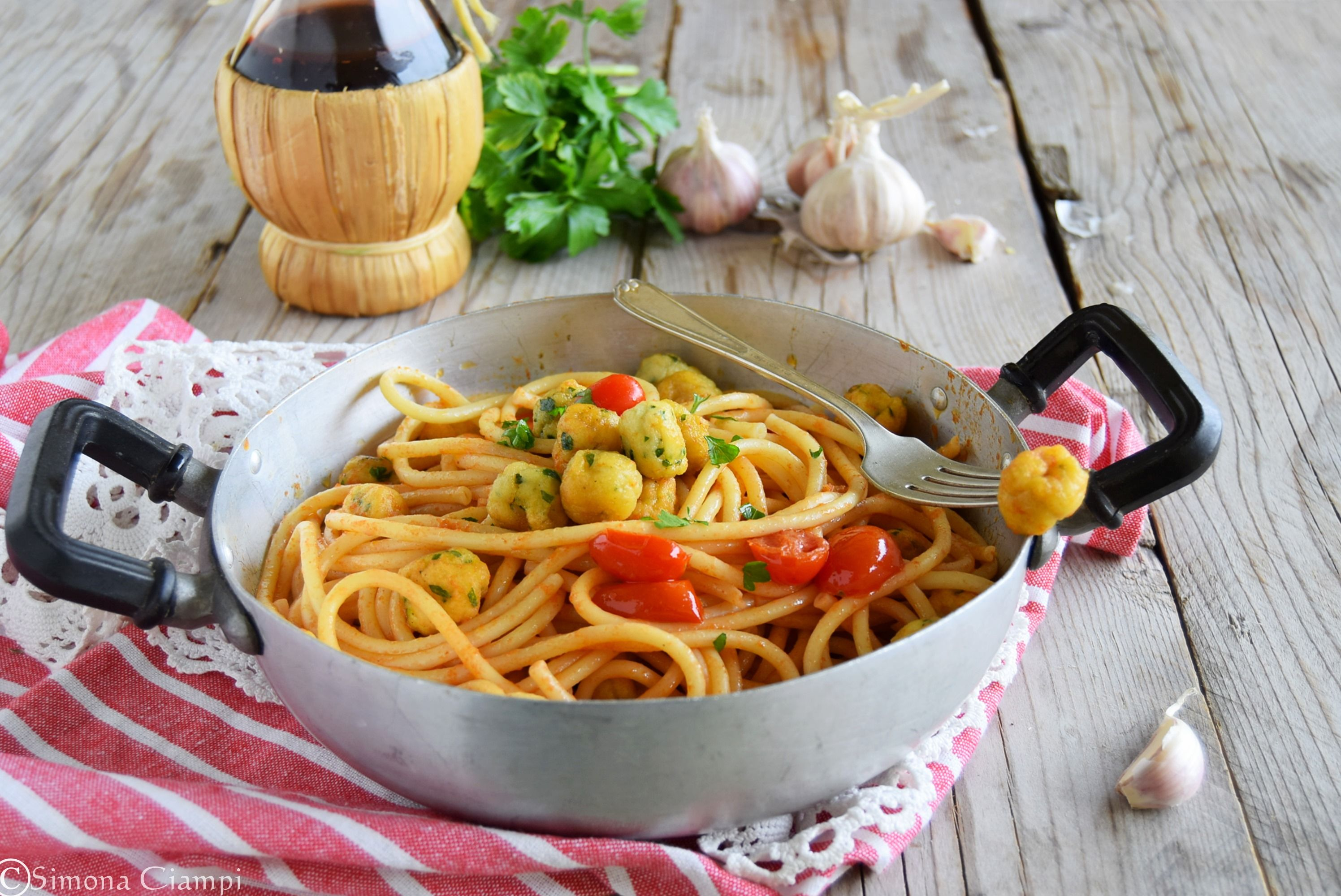 Come Dosare gli Spaghetti senza Bilancia (Video)