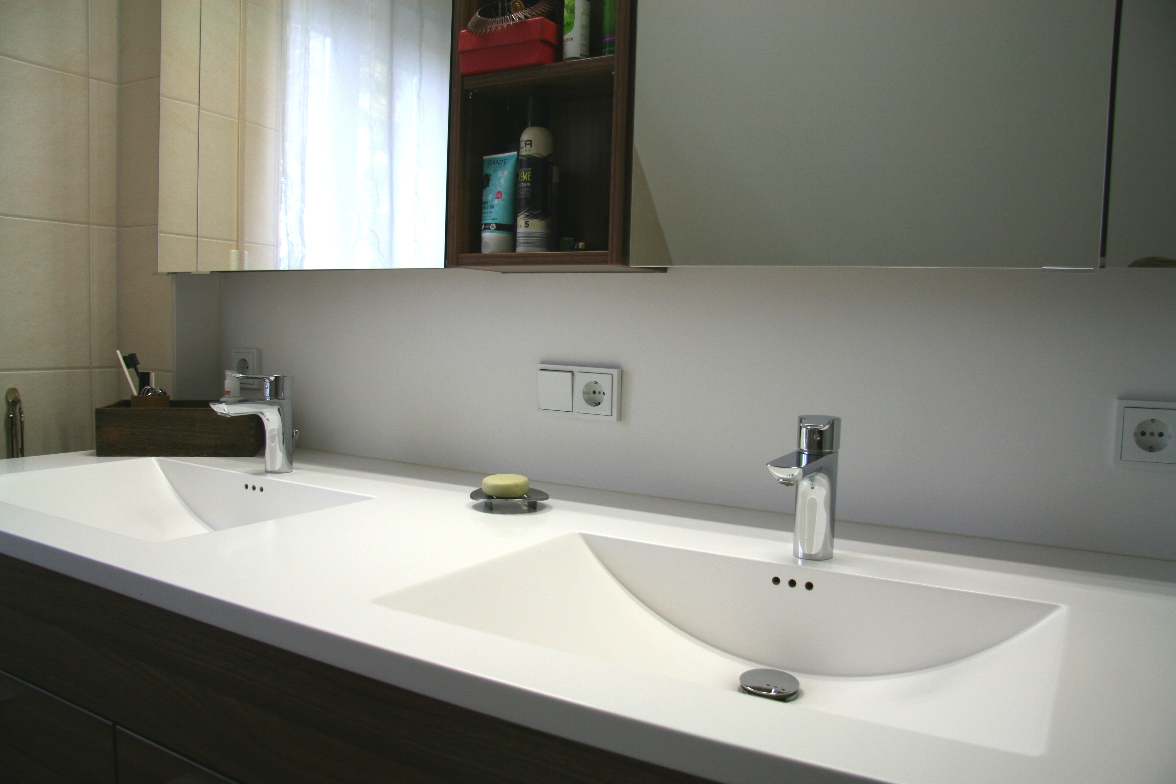 Pin Von Berno Auf Bad Waschbecken Badezimmer Waschtischplatte