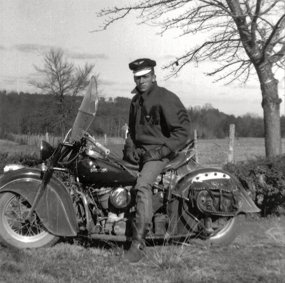 Dad S Indian 1950s High Resolution Photo Indian Motorcycle Vintage Indian Motorcycles Motorcycle [ 992 x 1000 Pixel ]